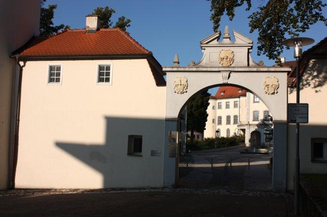 Laupheim Schloßtor (heutige Ansicht)