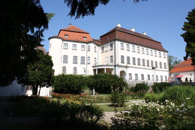 Schloß Groß-Laupheim (heutige Ansicht)