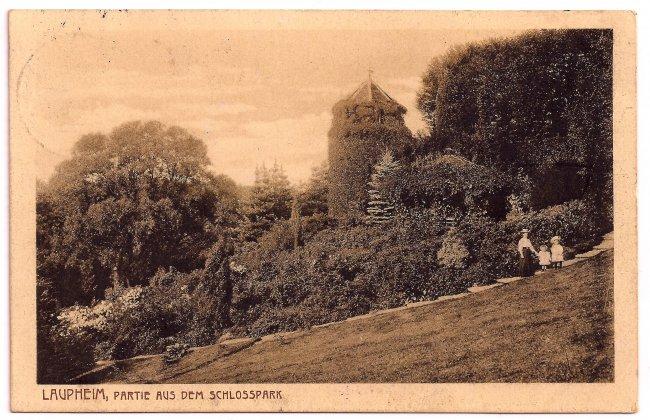 Laupheim Partie aus dem Schlosspark (Vorderseite der Ansichtskarte)
