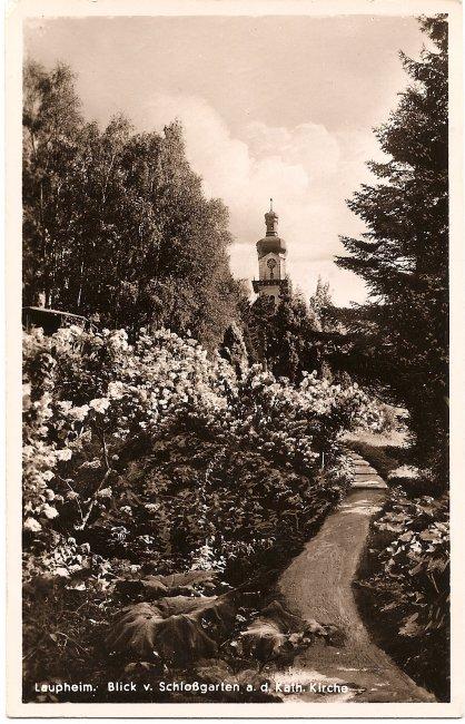 Laupheim Blick v. Schloßgarten a. d. Kath. Kirche (Vorderseite der Ansichtskarte)