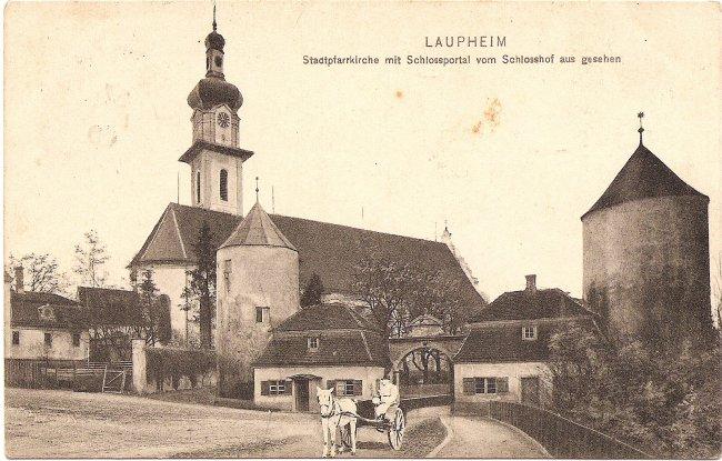 Laupheim Stadtpfarrkirche mit Schlossportal (Vorderseite der Ansichtskarte)