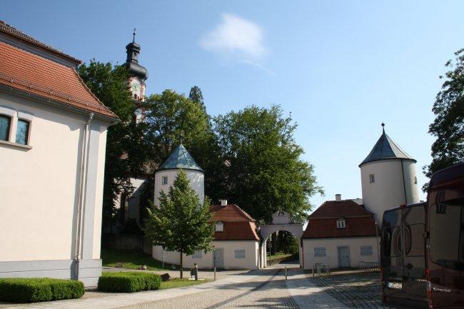 Laupheim/Württ. Schloßkirche (heutige Ansicht)
