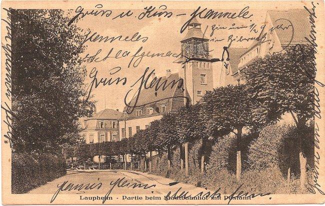 Laupheim - Partie beim Stadtbahnhof mit Postamt (Vorderseite der Ansichtskarte)