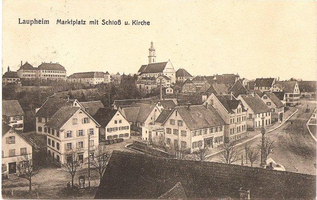 Laupheim, Marktplatz mit Schloß u. Kirche (Vorderseite der Ansichtskarte)
