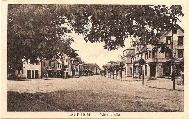 Laupheim - Mittelstraße (Vorderseite der Ansichtskarte)