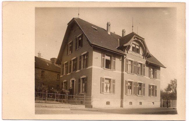 Wohnhaus in der Gartenstraße (Vorderseite der Ansichtskarte)