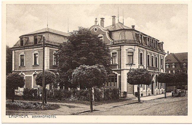 Laupheim, Bahnhofhotel (Vorderseite der Ansichtskarte)