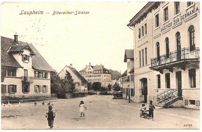 Laupheim, Biberacher Straße (Vorderseite der Ansichtskarte)