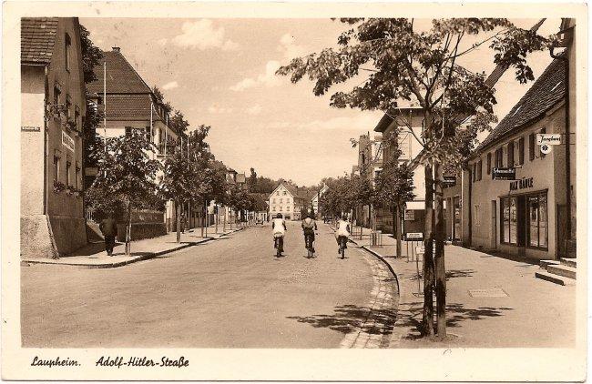 Laupheim, Adolf-Hitler-Straße (Vorderseite der Ansichtskarte)