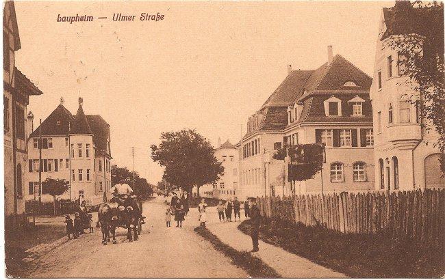 Laupheim - Ulmer Straße (Vorderseite der Ansichtskarte)