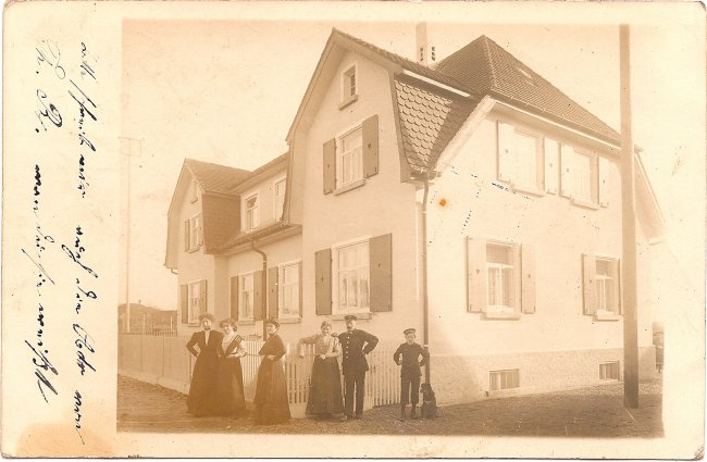 Wohnhaus in Laupheim (Vorderseite der Ansichtskarte)