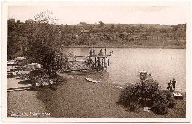 Laupheim, Schwimmbad (Vorderseite der Ansichtskarte)
