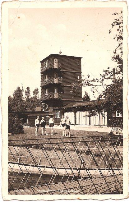 Laupheim, Städtisches Schwimmbad (Vorderseite der Ansichtskarte)
