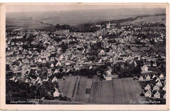 Laupheim (Wttbg), Orig.-Fliegeraufnahme (Vorderseite der Ansichtskarte)