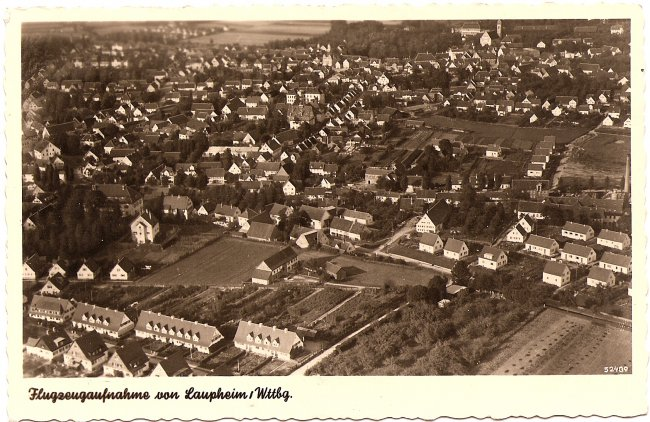 Flugzeugaufnahme von Laupheim/Wttbg. (Vorderseite der Ansichtskarte)