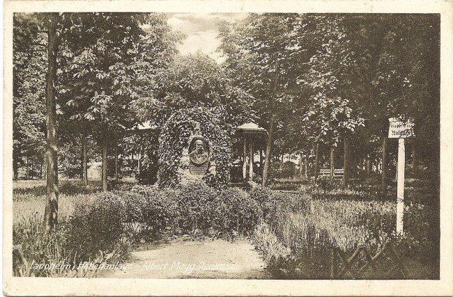 Laupheim, Höhenanlage - Albert Magg  Denkmal (Vorderseite der Ansichtskarte)