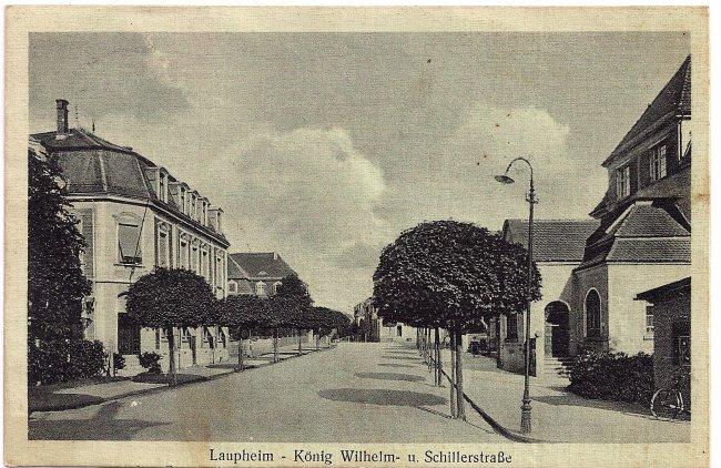 Laupheim - König Wilhelm- u. Schillerstraße (Vorderseite der Ansichtskarte)
