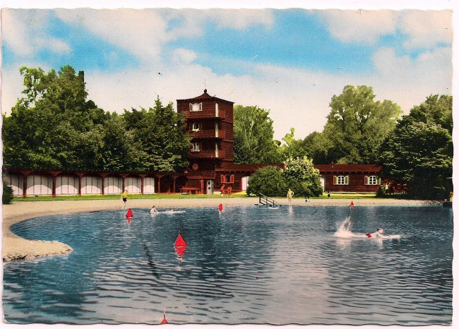Laupheim / Württ. Schwimmbad (Vorderseite der Ansichtskarte)