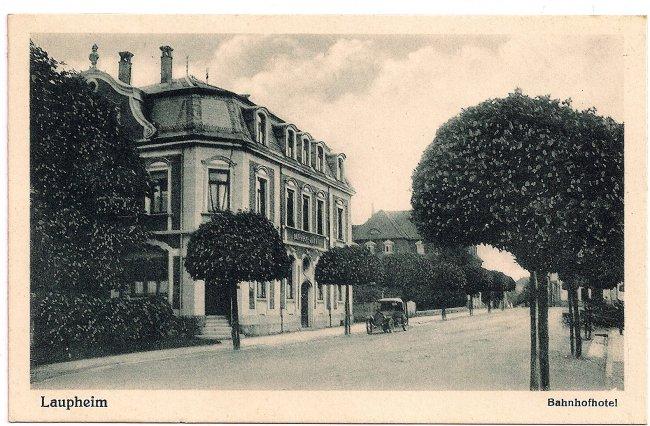 Laupheim Bahnhofhotel (Vorderseite der Ansichtskarte)