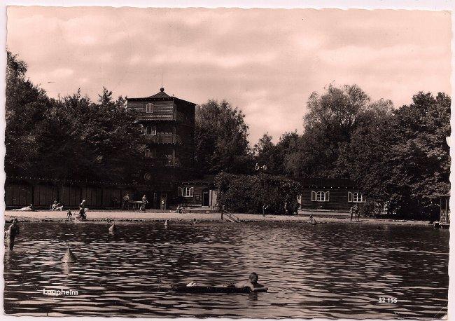 Schwimmbad Laupheim (Vorderseite der Ansichtskarte)
