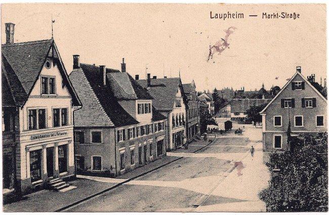Laupheim - Markt-Straße (Vorderseite der Ansichtskarte)