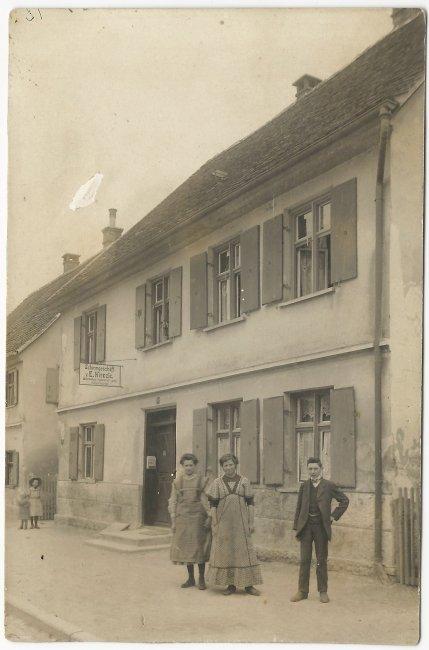 Schirmgeschäft E. Kienzle (Vorderseite der Ansichtskarte)
