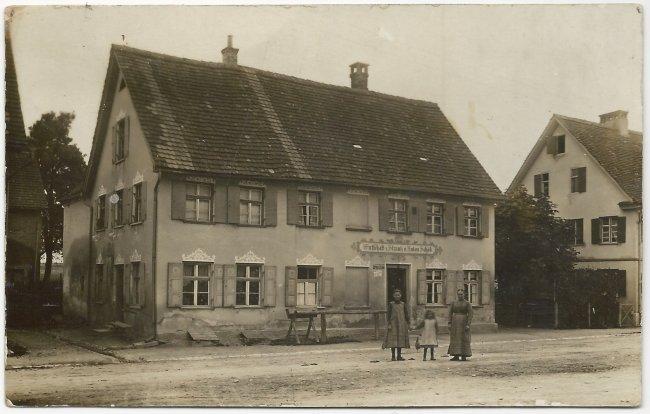 Wirtschaft z. Strauß v. Anton Schöb (Vorderseite der Ansichtskarte)